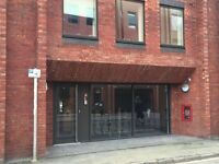 Unfurnished 1 Double Bed Apartment for £875pcm! Located near Cabot Circus!