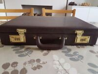 Smart, leather look combination briefcase