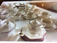 Johnson Brothers - Maddison 69 piece set - Rare To Find So Many Pieces - EX CON