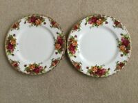 "ROYAL ALBERT OLD COUNTRY ROSES CHINA TWO 10"" PLATES"