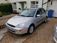 Ford Focus 1.6 ghia - low miles