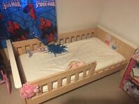 Child's single bed (girls)