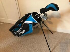 Dunlop Junior tour golf clubs and bags.