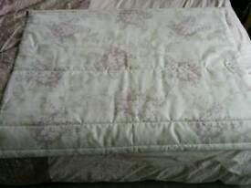 Laura Ashley Roman blind lilacs/cream 116cm w x 90cm excellent condition