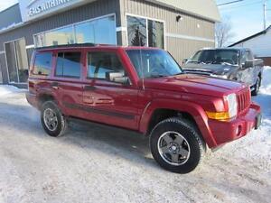 2006 Jeep Commander 4X4  7 seater SUV 179000k $7995