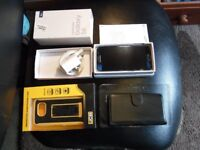 Samsung Galaxy S6 Phone in Box with Charger & Accessories inc. 3 Cases, Excellent