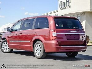 2014 Chrysler Town & Country Touring Cambridge Kitchener Area image 4