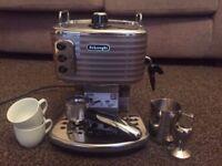 De'Longhi Traditional Pump Espresso Coffee Machine