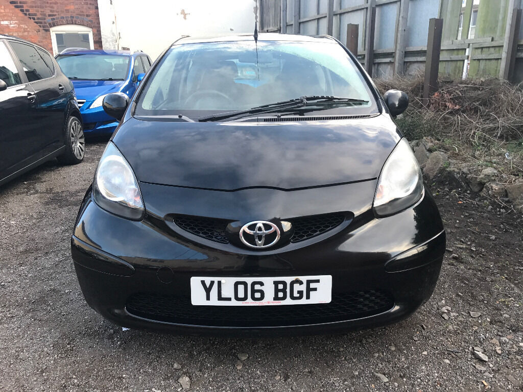 Toyota Aygo 1.0 VVT-i Black - 2006, 2 Owners, £20 Per Year Tax, 12 Months MOT & Just Serviced! £1795