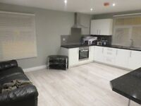 Double Room To Let In Centre Of Bangor Town. Newly Refurbished.