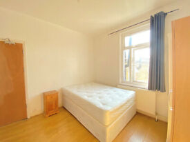 Double bedroom for rent near short distance from Stratford (ZONE-2, 20MIN FROM CITY)