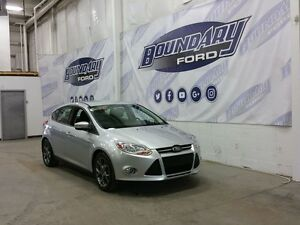 2014 Ford Focus SE W/ 2.0L Engine, Cloth Seats, CD Player