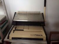 Prima 25 Binding Machine (Manual) + Assorted combs