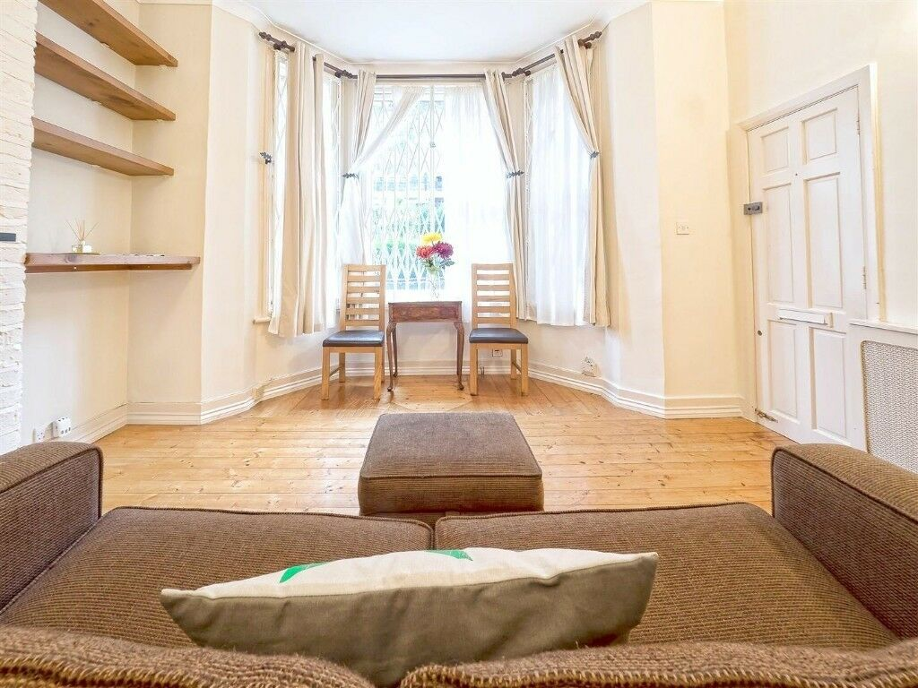 Stunning one bedroom apartment close to Finchley Road & Frognal
