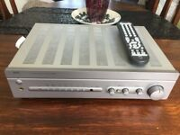 Nad C325 bee Amplifier