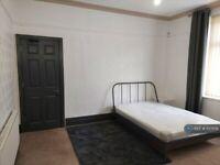 1 bedroom in Miller Street, Ashton-Under-Lyne, OL6 (#1137109)
