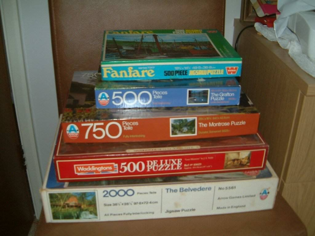 For Sale 5 Puzzles all in clean tidy condition, boxes all ok