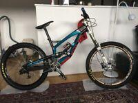 YT Industries TUES 2.0 Pro Bike(OPEN OFFERS)
