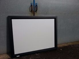 4 x DA-LITE WALL MOUNTED PROJECTOR SCREENS, GOOD QUALITY (made in USA) GOOD CONDITION. £15 EACH
