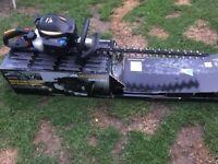 McCulloch Ergolight 6028 Petrol Hedge Trimmer