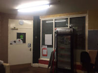 SHOP TO LET IN LS6