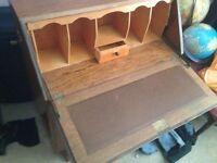 Bureau/storage desk