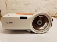 Epson EB-410WE Projector (1 of 9)