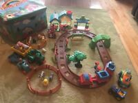 Early learning Centre Happyland Bundle with zip storage box/play mat - excellent condition