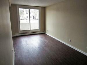 Cambridge 1 Bedroom Apartment for Rent: Balcony, parking avail