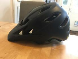 Giro Chronicle Helmet with MIPS (size small)