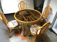 🚚🚚✅✅Beautiful Antique Dinning Table With 4 Chairs For Sale Free DeliveryRadius Apply ✅✅✅
