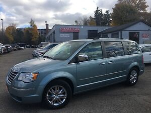 2008 Chrysler Town & Country Limited | 4.0 L | Swivel N Go | Lea