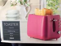 Brand New Hot Pink 2 Slice Toaster in box
