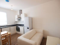 Recently refurbished 2 double bedroom flat with mod cons & wooden floors in the heart of Green Lanes
