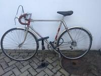 Vintage men's Raleigh racer 55cm + lock + pump