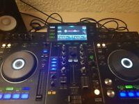 Pioneer XDJ-RX and Yamaha HS5