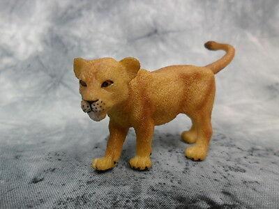 CollectA NIP * Lion Cub - Walking * #88417 Wildlife Model Toy Figurine Replica