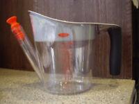OXO Good Grips gravy separator jug, brand new