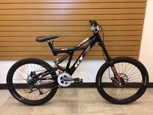 Vélo de descente downhill GT DHi Race Large #F015496