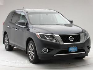 2014 Nissan Pathfinder 4WD 4dr S Bluetooth   One Owner