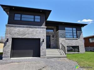 499 988$ - Maison à paliers multiples à vendre à Ste-Catherin