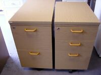 2 Drawer A4 Filing Cabinet in Light Wood Effect & 3 Drawer Pedestal. Lockable with Keys Included