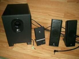 Logitec 2.1 PC speakers in good condition!