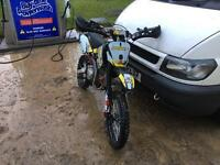 M2R 140cc pit bike big wheels in really good condition