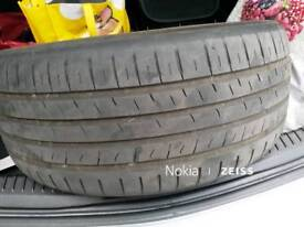 Tyre 235 40 18 in good condition,no repairs