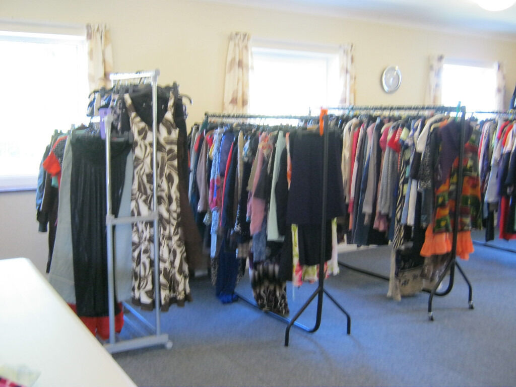 Preloved and new clothes for a sale all at1 eachMens ladies and Childrensin Norwich, NorfolkGumtree - Over 2000 items of clothing mens sizes xs xxxl ladies sizes 6 30 and childrens 0 16 Every type and make you could think of. We have also had over 150 pairs of jeans donated all sizes makes and both mens and ladies.If you are looking for a Christmas...