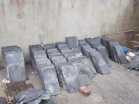 GENUINE WELSH SLATES TILES APPROX 660 VARIOUS SIZES