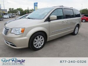 2013 Chrysler Town & Country Touring - DUAL DVD/NAV/SUNROOF/PWR