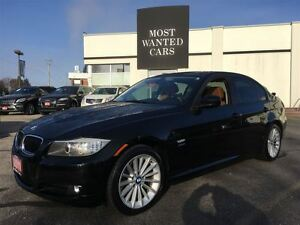 2011 BMW 3 Series **SALE PENDING**SALE PENDING** Kitchener / Waterloo Kitchener Area image 3