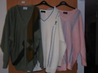 3 GENTS GABICCI SWEATERS, GREEN 2XL, WHITE 3XL and PINK 3XL, in EXCELLENT CONDITION